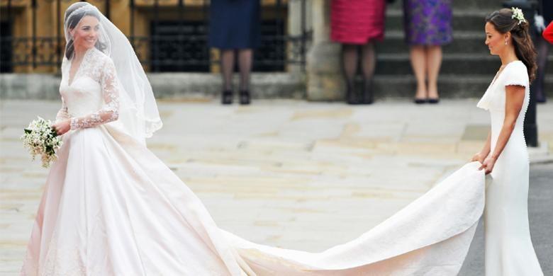 Gaun pengantin Kate Middleton karya Sarah Burton dari rumah mode Alexandre McQueen.