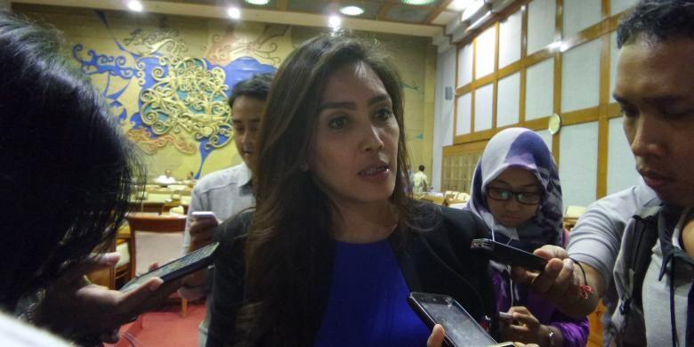 Anggota Komisi IV DPR RI Rieke Diah Pitaloka di Kompleks Parlemen, Senayan, Jakarta, Rabu (18/5/2016)