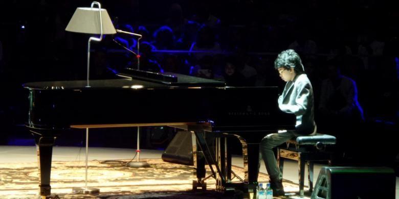 Joey Alexander dalam konsernya di JIExpo Kemayoran, Jakarta Pusat, Minggu (22/5/2016).