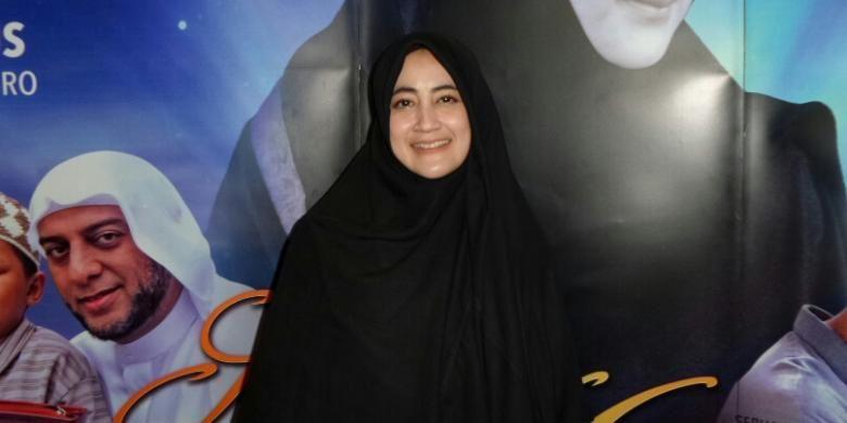 Pipik Dian Irawati saat ditemui di jumpa pers film Surga Menanti di Epicentrum, Kuningan, Jakarta Selatan, Senin (30/5/2016).