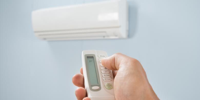 AC kerap jadi solusi menyejukkan hunian panas di perkotaan.