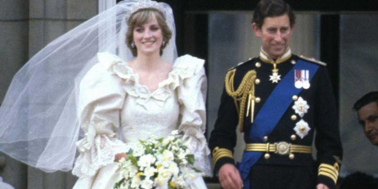 Putria Diana pada hari pernikahan di St. Paul Cathedral