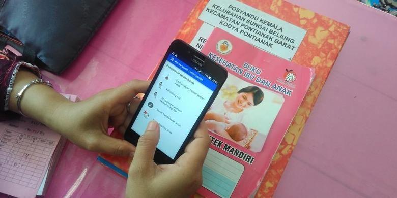 Aplikasi mPosyandu digunakan untuk mendata sekaligus memantau tumbuh kembang anak.