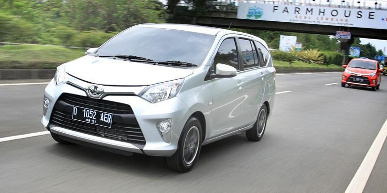 Toyota Calya membuktikan diri sebagai model terlaris di Indonesia pada bulan perdana dipasarkan.