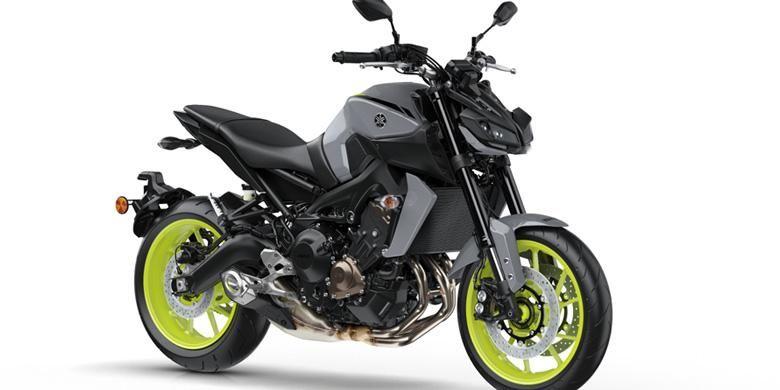 Yamaha MT-09 model 2017, sedikit menyerupai MT-10.