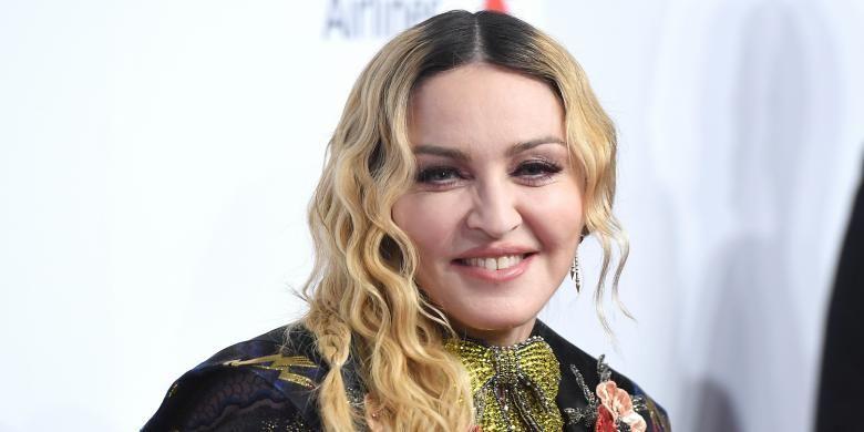 Belajar Hadapi Diskriminasi Usia dari Madonna