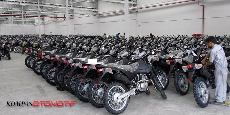 Suzuki DR 200 S pesanan Kepolisian Indonesia siap dikirim, Rabu (14/12/2016)