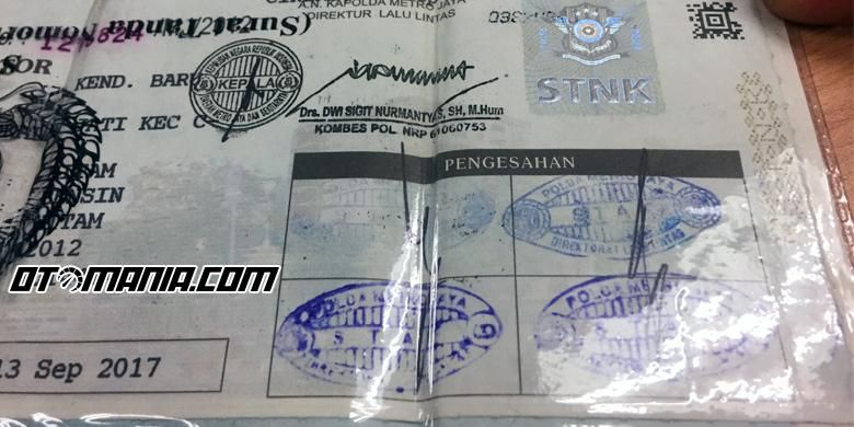 Kolom pengesahan Surat Tanda Nomor Kendaraan Bermotor (STNK).