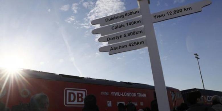Kereta barang China yang menyusuri Jalur Sutera telah diba di Barking, London, setelah melewati tak kurang dari 14 negara. Barking berjarak 12.000 km dari Yiwu, China.