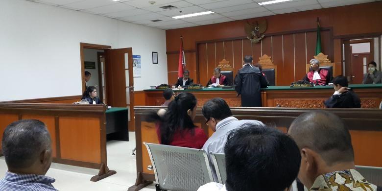 Sidang kasus meninggalnya Gabriella Sheryl Howard (8), murid kelas 3 SD di Global Sevilla School, saat pelajaran renang pada 17 September 2015, digelar di Pengadilan Negeri Jakarta Barat, Senin (30/1/2017) siang.