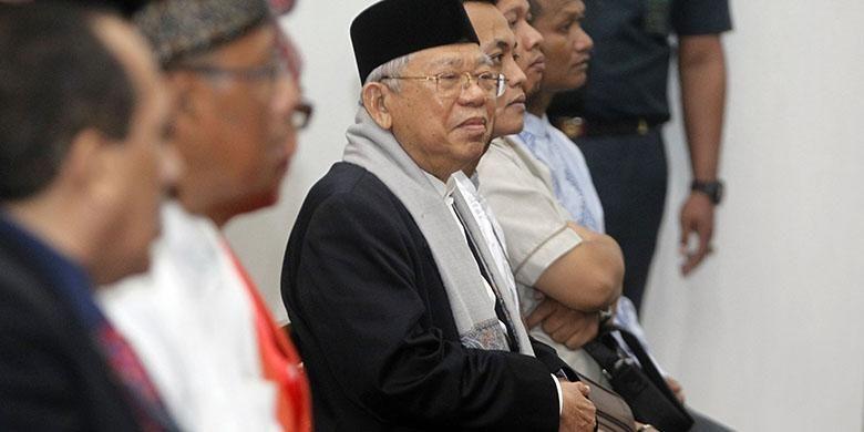 Ketua MUI Maruf Amin hadir menjadi saksi di persidangan ke-8 perkara dugaan penodaan agama dengan terdakwa Basuki Tjahaja Purnama atau Ahok yang digelar Pengadilan Negeri (PN) Jakarta Utara di Gedung Kementerian Pertanian (Kementan), Jakarta Selatan. Selasa (31/1/2017). Agenda sidang kedelapan ini adalah mendengar keterangan lima saksi yang diajukan Jaksa Penuntut Umum (JPU).