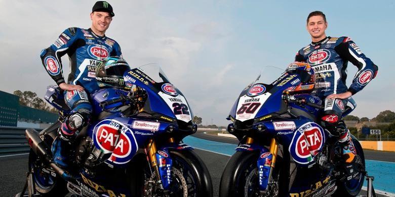 Pata Yamaha Official WorldSBK meresmikan dua pebalapnya, Alex Lowes (kiri) dan Michael van der Mark, untuk balapan World Superbike 2017, di Gerno di Lesmo, Italia, Selasa (7/2/2017) waktu setempat.