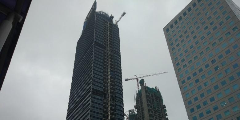 Menara Astra Jakarta. Gambar diambil Senin (20/2/2017).