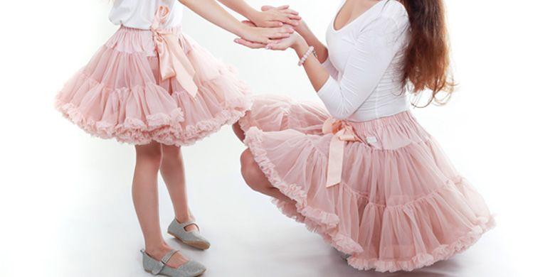 Senang Mendandani Anak Perempuan Tengok Beberapa Inspirasi Gaya Ini