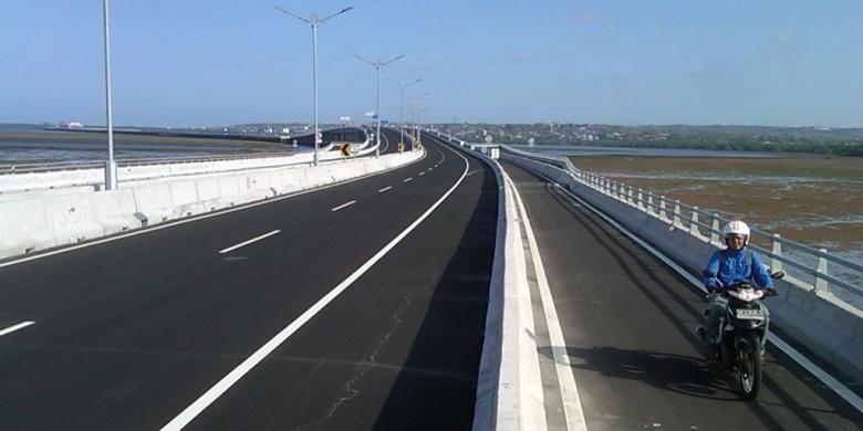 Jalan Di Atas Perairan (JDP) atau Jalan Tol Bali yang sudah lulus uji kelayakan