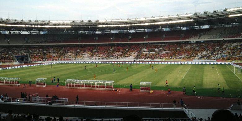 Potret pertandingan persahabatan antara Bhayangkara FC kontra FC Tokyo di Stadion Utama Gelora Bung Karno (SUGBK), Senayan, Jakarta, Sabtu (27/1/2018) sore WB.