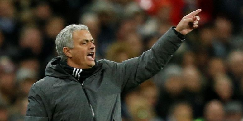 Ekspresi Manajer Manchester United, Jose Mourinho, dalam laga Liga Inggris kontra Tottenham Hotspur di Stadion Wembley, London, pada 31 Januari 2018.