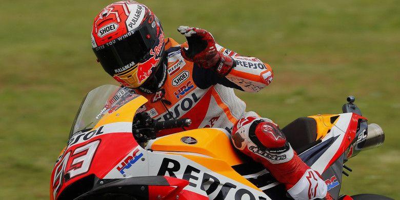 Marc Marquez (Repsol Honda) saat melintasi Sirkuit Mugello untuk mengikuti sesi latihan bebas MotoGP Italia yang berlangsung Jumat (1/6/2018).