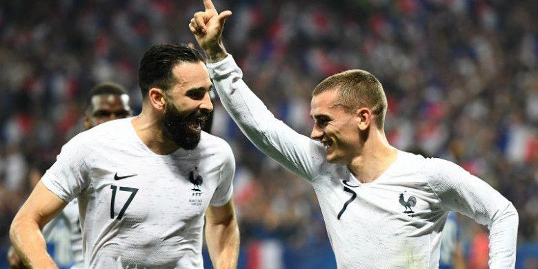 Penyerang timnas Prancis, Antoine Griezmann, melakukan selebrasi setelah menjebol gawang Italia dalam laga di Allianz Riviera, Jumat (1/6/2018)