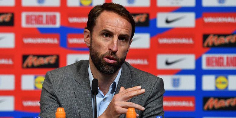 Pelatih Timnas Inggris, Gareth Southgate, memberikan keterangan kepada pers setelah mengumumkan skuat final untuk Piala Dunia 2018, 17 Mei 2018 di Wembley, London.