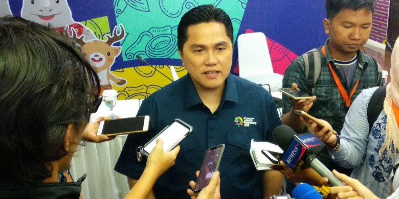 Ketua Inasgoc Erick Thohir memberikan pemaparan soal Asian Games 2018 kepada para awak media di Wisma Serbaguna, Senayan, Jakarta, Senin (19/2/2018).