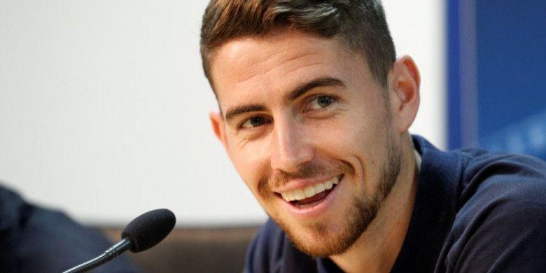 Sarri Yakin Jorginho Akan Sukses di Chelsea karena Punya Kecerdasan