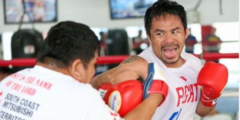 Petinju berkebangsaan Filipina, Manny Pacquiao, tengah berlatih mempersiapkan diri menjelang pertarungan melawan Lucas Matthysse (Argentina).