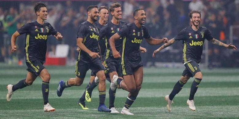 Para pemain Juventus merayakan kemenangan atas tim MLS All-Stars dalam laga uji coba di Mercedes-Benz Stadium, Atlanta, 1 Agustus 2018.