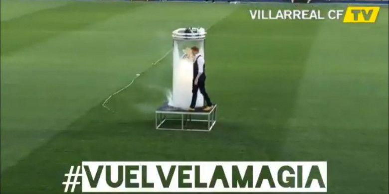 Video perkenalan Santi Cazorla oleh Villarreal pada hari Kamis (9/8/2018).