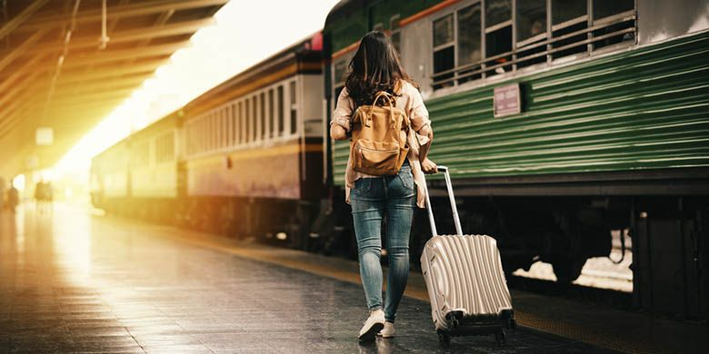 Liburan dengan kereta api (Shutterstock)
