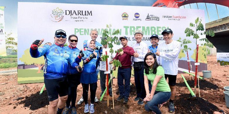 Teduhkan Tol Semarang – Batang dengan 10 Ribu Pohon