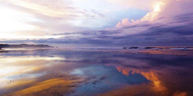 Keindahan Pantai Sepanjang, Yogyakarta