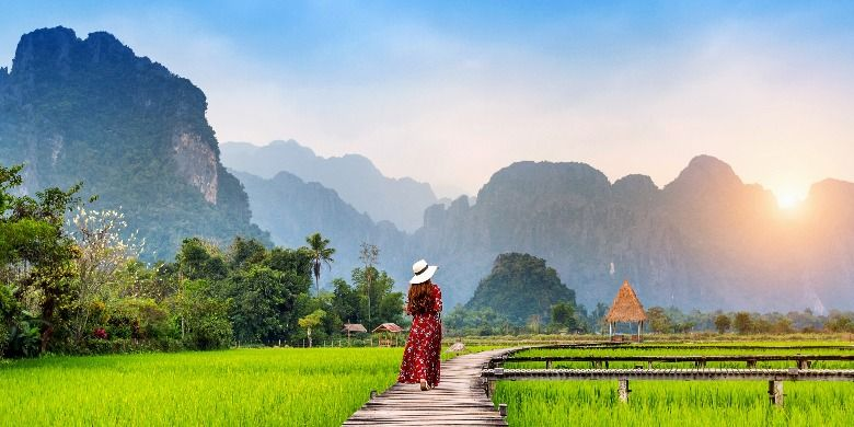 Panorama menyejukkan nan damai dari Vieng Tara Villa, Van Vieng, Laos (Dok. Scoot)