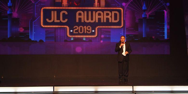 DIrektur JNE Mohamad Feriadi menyampaikan sambutan sekaligus membuka acara JLC Award 2019.