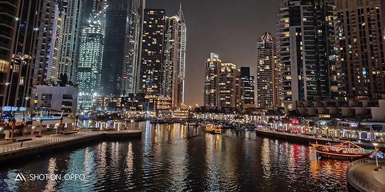 Keindahan Dubai diambil dengan fitur Night Mode dalam OPPO R17 Pro