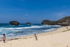 Pantai Srau, Permata Putih di Selatan Pacitan