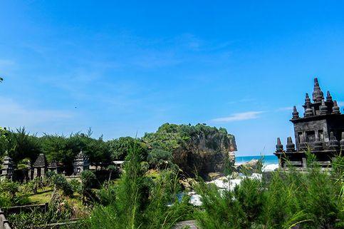 4 Tips Berkunjung ke Bali-nya Yogyakarta di Pantai Ngobaran