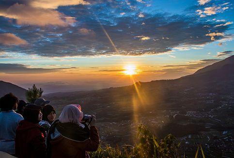 4 Tips Mendaki Gunung Andong pada Hari Libur
