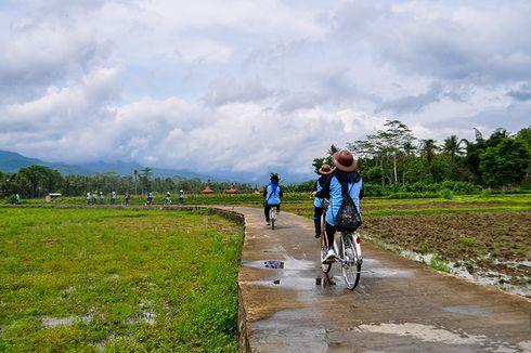 Asyiknya Bersepeda Menjelajah Pedesaan di Sekitar Borobudur