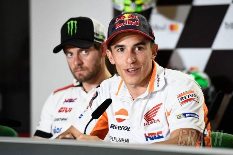 Marc Marquez sebut Rossi kehilangan kesempatan merebut Juara Dunia musim 2017 ini karena cedera.