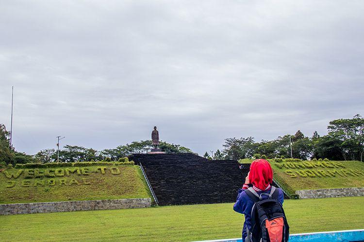 Monumen Jenderal Sudirman di Desa Pakis Baru, Kecamatan Nawangan, Pacitan.