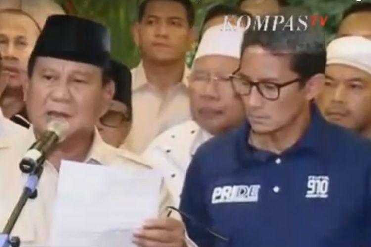 Prabowo untuk ketiga kalinya mendeklarasikan klaim kemenangannya dalam Pilpres 2019 di kediamannya di Jalan Kertanegara, Jakarta, Kamis (18/4/2019). Kali ini Prabowo tampil bersama wakilnya, Sandiaga Uno.