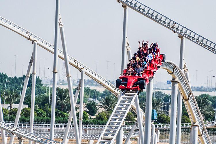 Formula Rossa di Ferrari World Abu Dhabi, Uni Emirat Arab yang merupakan roller coaster tercepat di dunia.