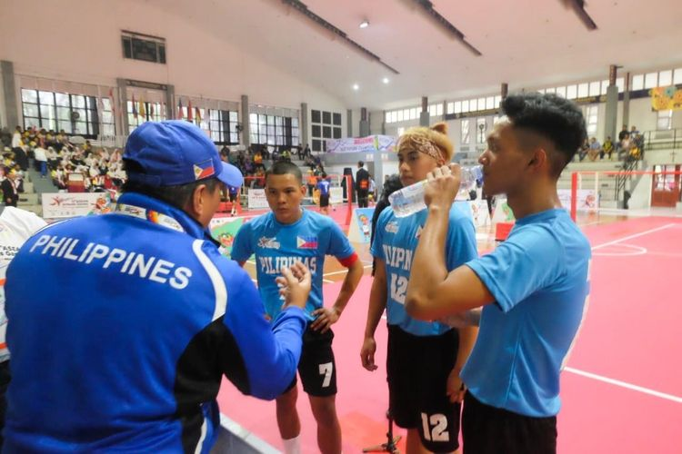 Para atlet Asean Schools Games 2019 rehat sejenak sebelum kembali bertanding pada laga olahraga pelajar terbesar se-Asia Tenggara
