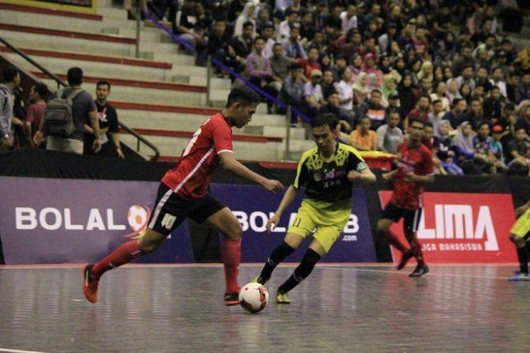 Institut Keguruan dan Ilmu Pendidikan Persatuan Guru Republik Indonesia (IKIP PGRI) Pontianak melangkah ke final LIMA Futsal: Bolalob.com Kalimantan Conference 2018.
