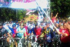 Sepeda Nusantara Lintasi Gedung Sejarah Linggarjati