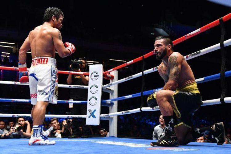 Manny Pacquiao (kiri) memukul TKO Lucas Matthysse, Minggu (15/07/2018)