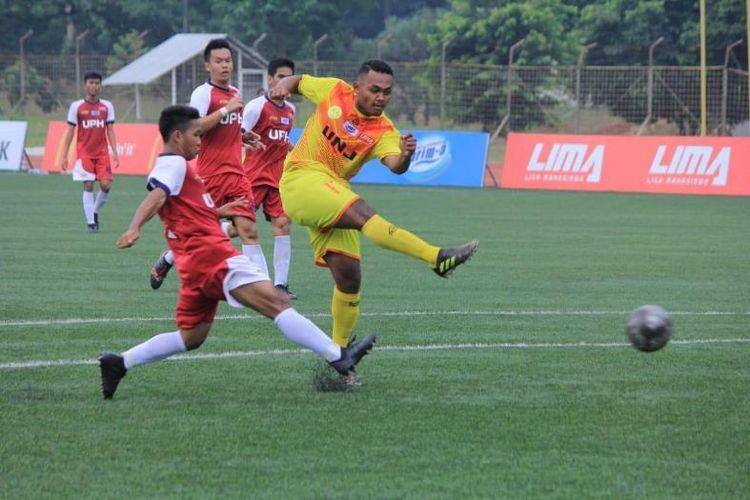 Juara bertahan LIMA Football musim  lalu, UNJ  sukses membuat hujan gol dengan skor 8-1 atas tim kampus asal Karawaci, UPH tersebut.