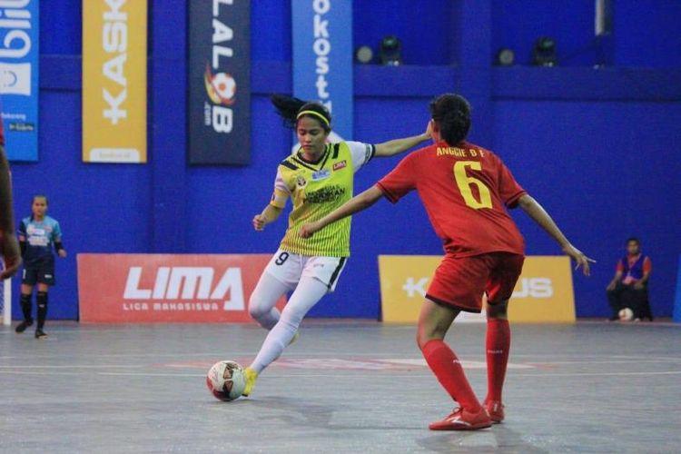 Sekali lagi, tum putri Universitas Pendidikan Indonesia (UPI) Bandung menghentikan perlawanan Universitas Negeri Jakarta (UNJ) 2-1 di final futsal putri LIMA Futsal Nationals 2018.