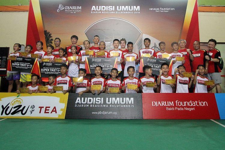 Pertandingan di hari terakhir rangkaian Audisi Umum Djarum Beasiswa Bulutangkis 2018 di Balikpapan, Kalimantan Timur Senin (16/4) menghasilkan 24 Pebulutangkis belia yang akan melaju ke babak Final Audisi di Kudus, Jawa Tengah, pada September 2018.